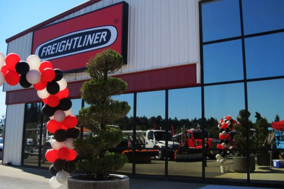 Valley Freightliner Olympia Store Opening